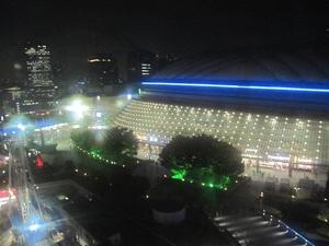夜の東京ドーム.JPG